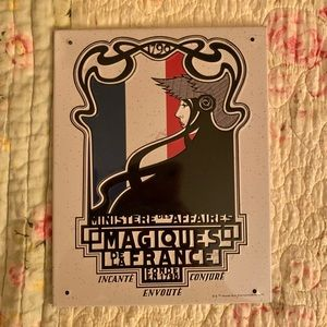 Ministry of Magic France sign